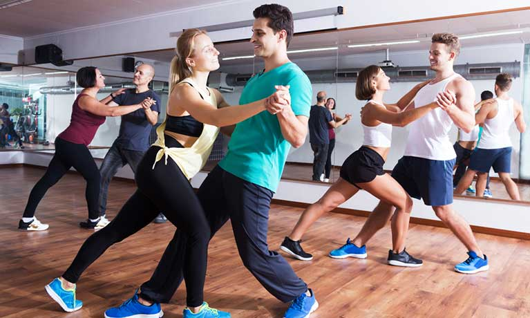 Salsa dancers 'less likely to get injured than Zumba dancers'
