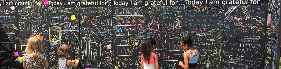 gratitude-wall-display