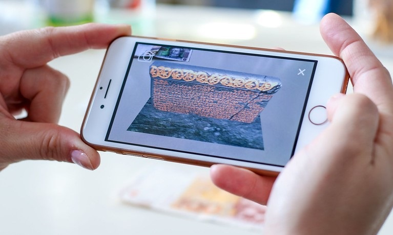 augmented reality image on IPhone