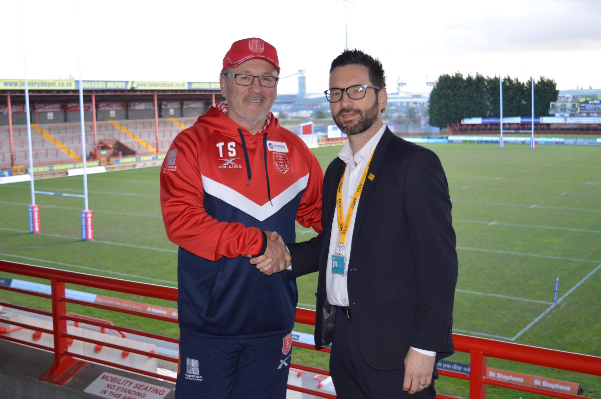 CU Scarborough sponsors Hull Kingston Rovers - signpost image