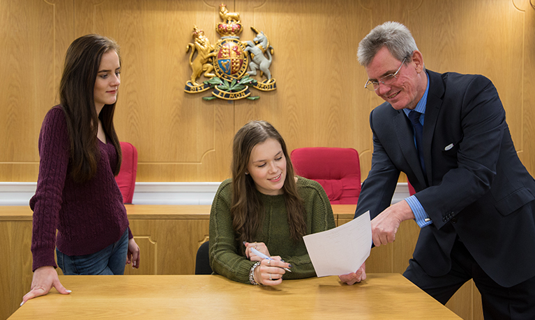 New legal apprenticeship programme launched